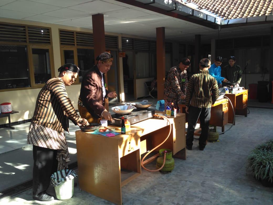 Nasi Goreng Ala Pejabat Struktural  DPUPR Kota Magelang 2019