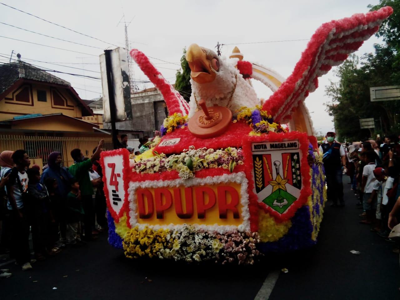 Garuda Nusantara DPUPR Kota Magelang Sedot Perhatian Penonton Karnaval Kota Magelang
